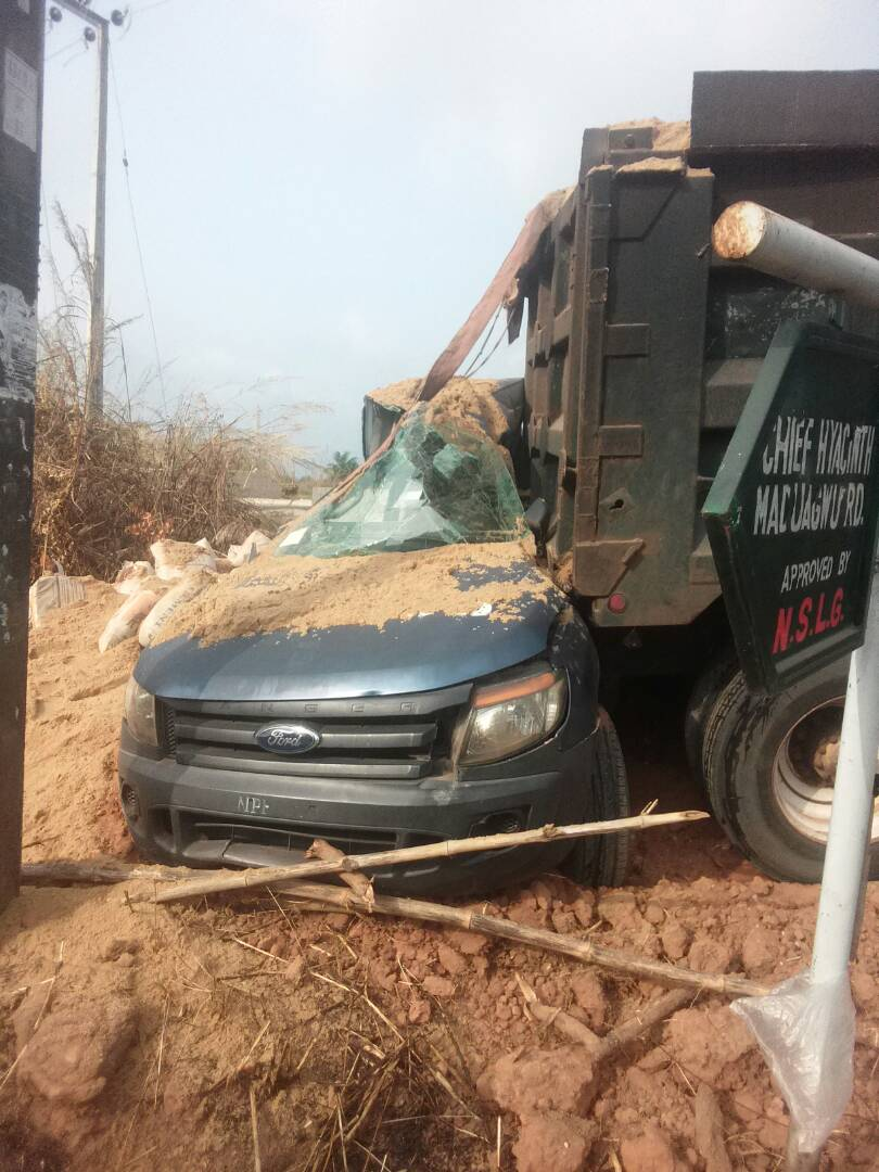 Truck Crashes Into Vehicle At Police Checkpoint In Anambra