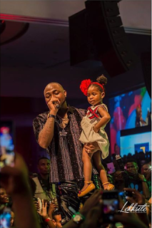 Davido Brings His Daughter Imade On Stage At His Show (photo)