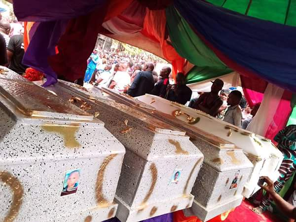 6476669 fbimg1514478727215 jpegc718937f9a09a11155561a0665c2c4cb - Tears As Entire Family Who Died After They Were Poisoned In Imo State Are Buried Today (Photos)