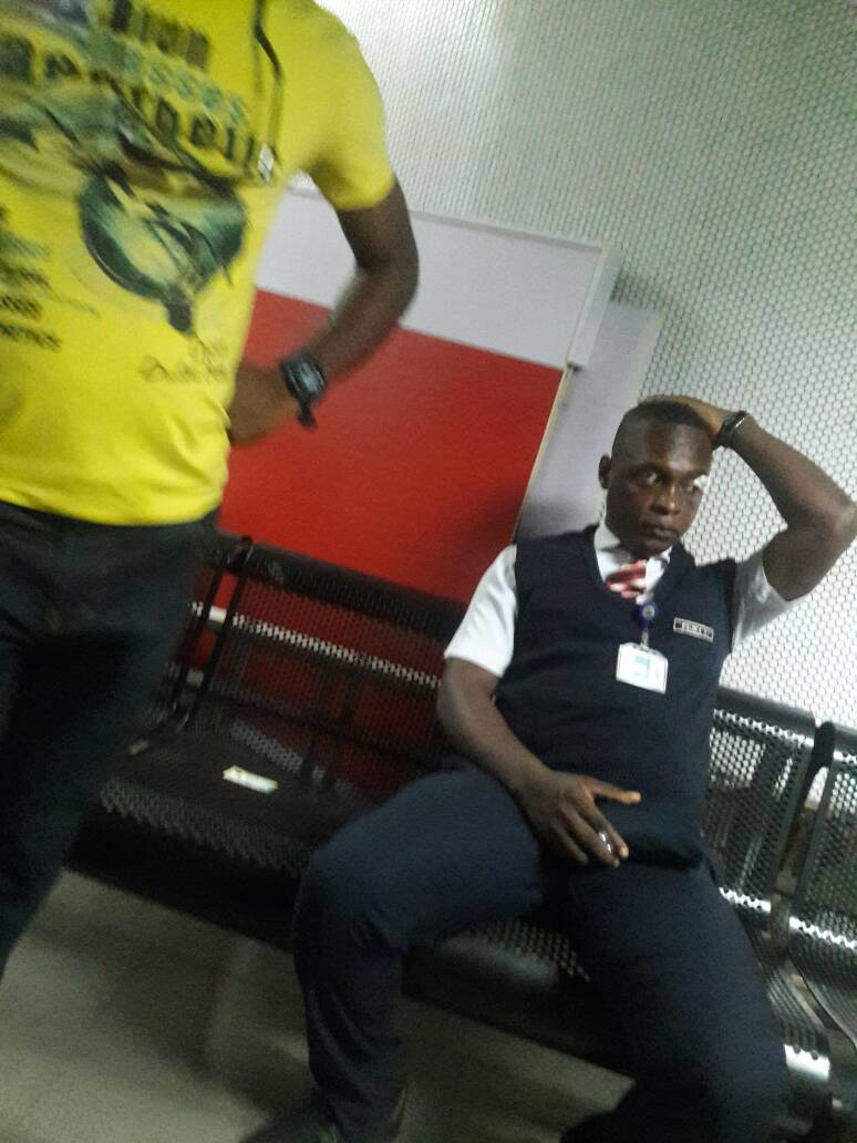 6541065 dtuywnvx0airvh jpeg3cb01aa771c99224254d62a87ae67996 - Davido's Crew Member Arrested For Beating Airport Staff (Photos)