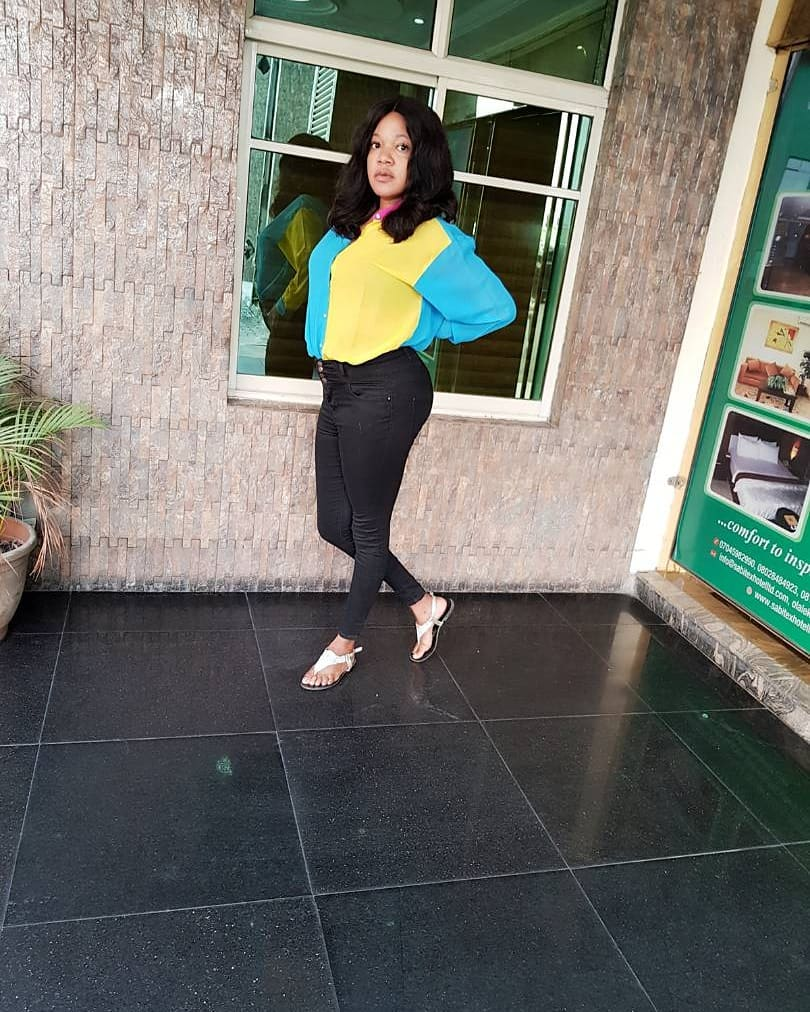 """I Hate Bragging; I'm Extremely Pretty"": Actress Toyin Abraham Shares Makeup Free Pic"