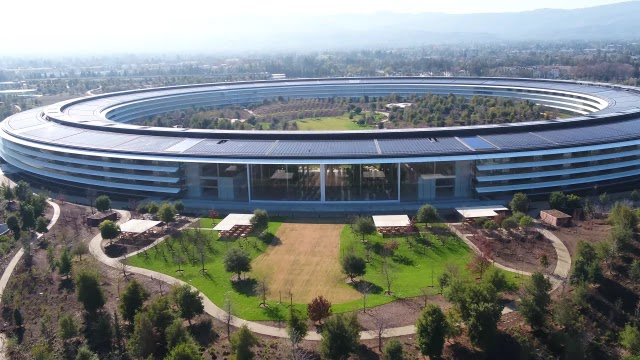 This Is Apples 5 Billion Campus In Cupertino California With Its Famous Spaceship Building Finally Finished And Employees Are Moving