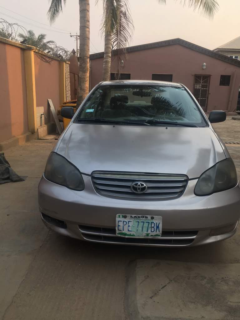 Toyota Corolla LE, American Specs, 17inches Alloy Rim. Nigerian Used, AC  Working, Engine Top Notch, Gear Drives Perfectly. Price N1, 190, 000.