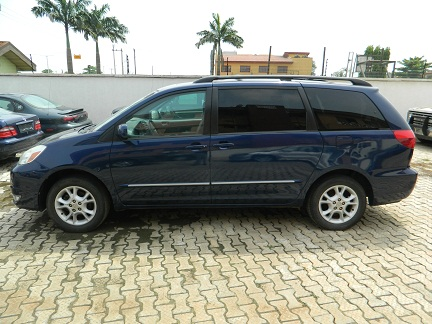 2004 toyota sienna xle limited awd for n2 8 negotiable autos nigeria. Black Bedroom Furniture Sets. Home Design Ideas