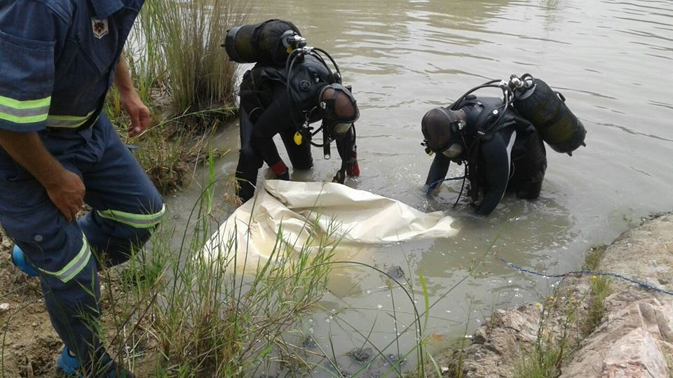 Pastor Drowns While Conducting Baptism At Blood River Village In South Africa (Pics)