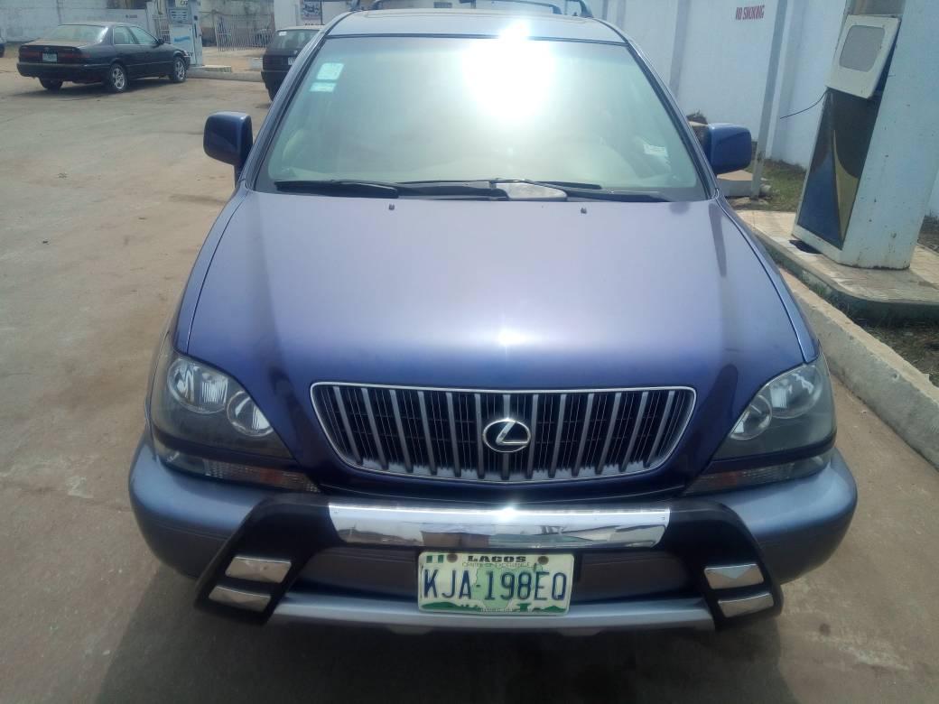 Good Legs And Recently Changed Shock Absorbers. Perfect Engine And  Transmission. Clean Leather Interior. First Body, Non Accidented Clean,.  Under,. Inside,.