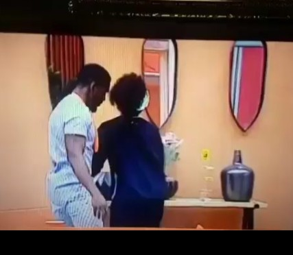 Cee-C Rejects Tobi's Plea For Passionate Kiss, Asks What He Did To Deserve It