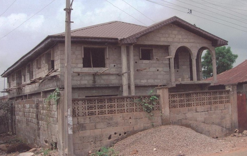 How much to build four 3 bedroom flat to the level as seen Average cost to build 3 bedroom house