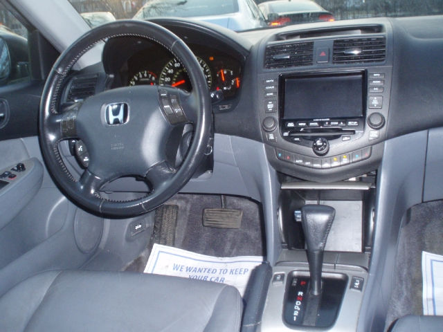 Re: 2004 Honda Accord EX L Navigation, 4 Cylinder ( Pre Ordered By Akyns Of  Nairaland In 2012 ) By Slashdot: 9:36pm On Apr 16, 2012