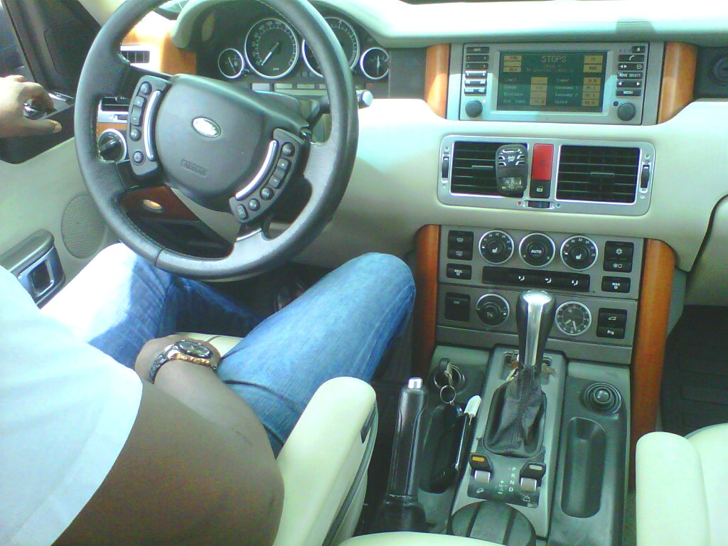 Range Rover Vogue 2004 Interior