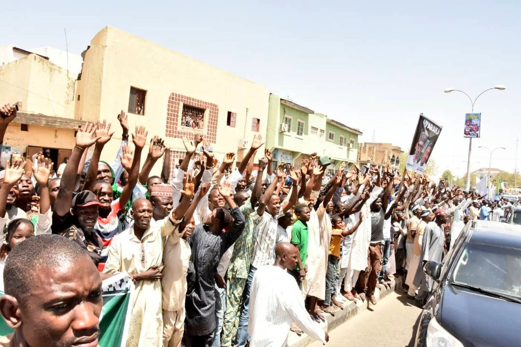 Kano People Troop Out To Welcome President Buhari (Photos)