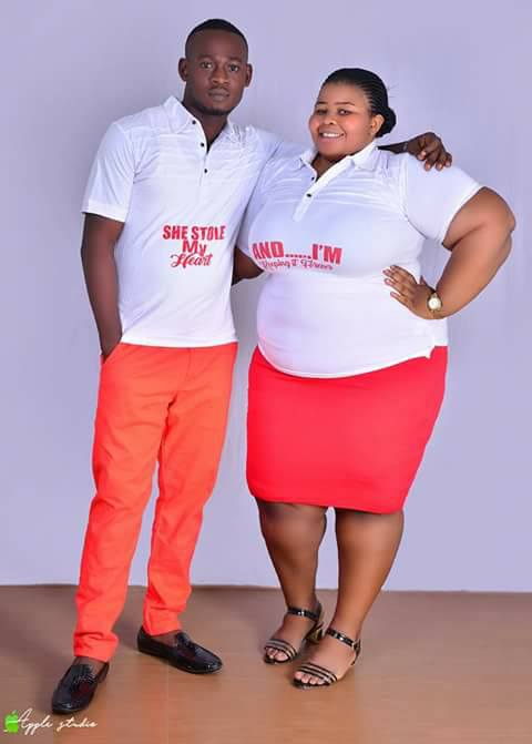 LORD!!!:   A Big-Sized Nigerian Lady & Her Fiancé Rock Matching Outfits In Pre-Wedding Photos