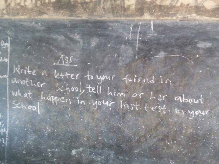 See What An English Teacher Wrote On The Chalkboard