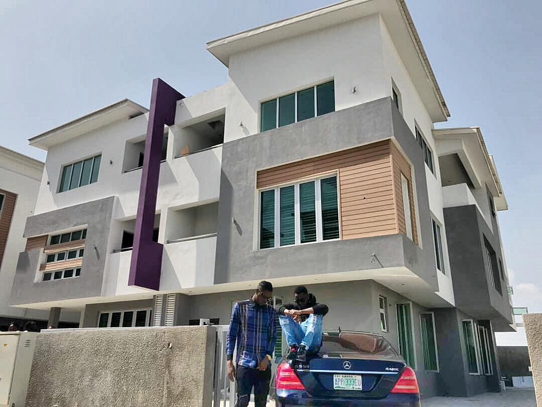 {filename}-Kiss Daniel Buys His Second House In Lagos (photos)
