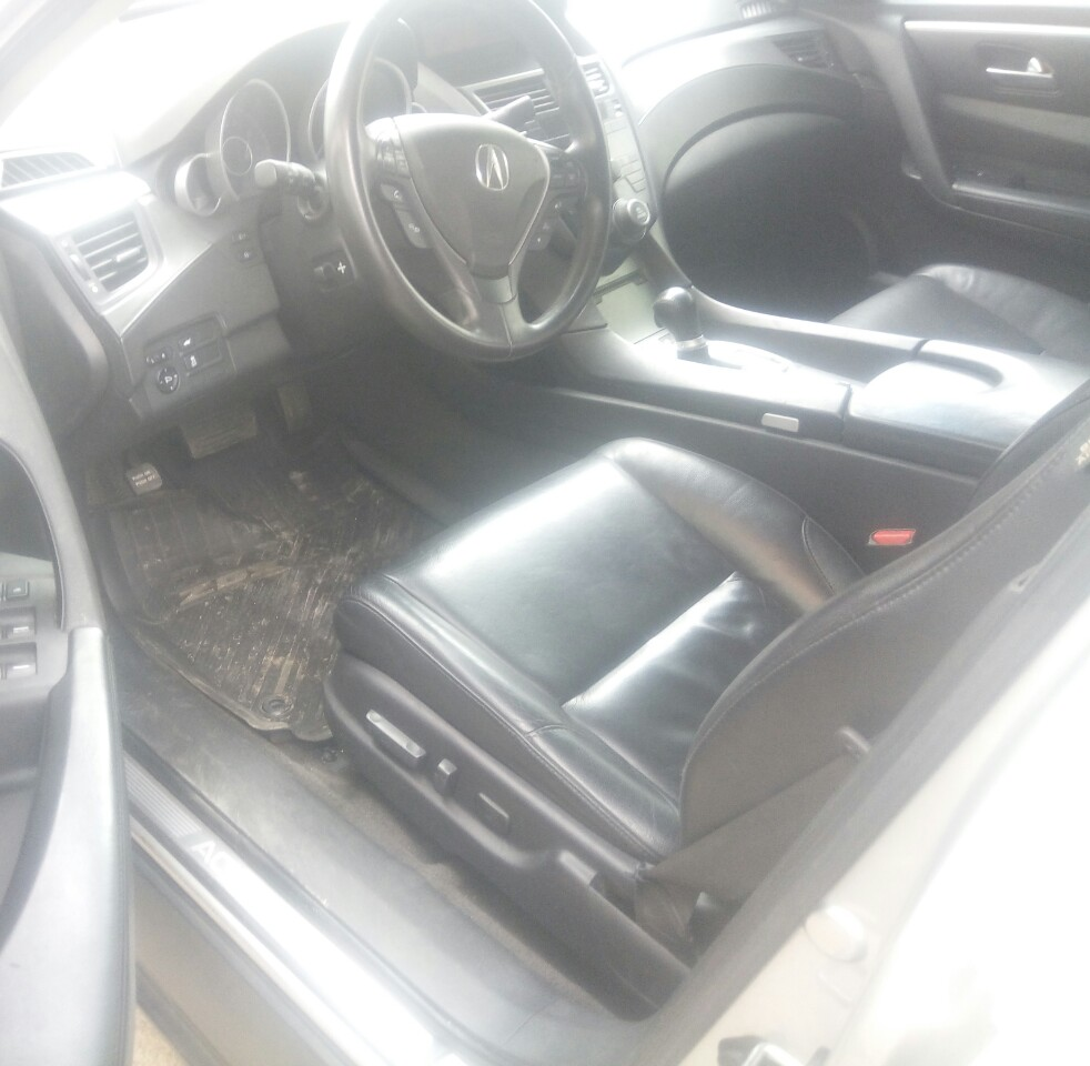 Acura ZDX Nigeria Used 2011model For Sale 6.5m Call