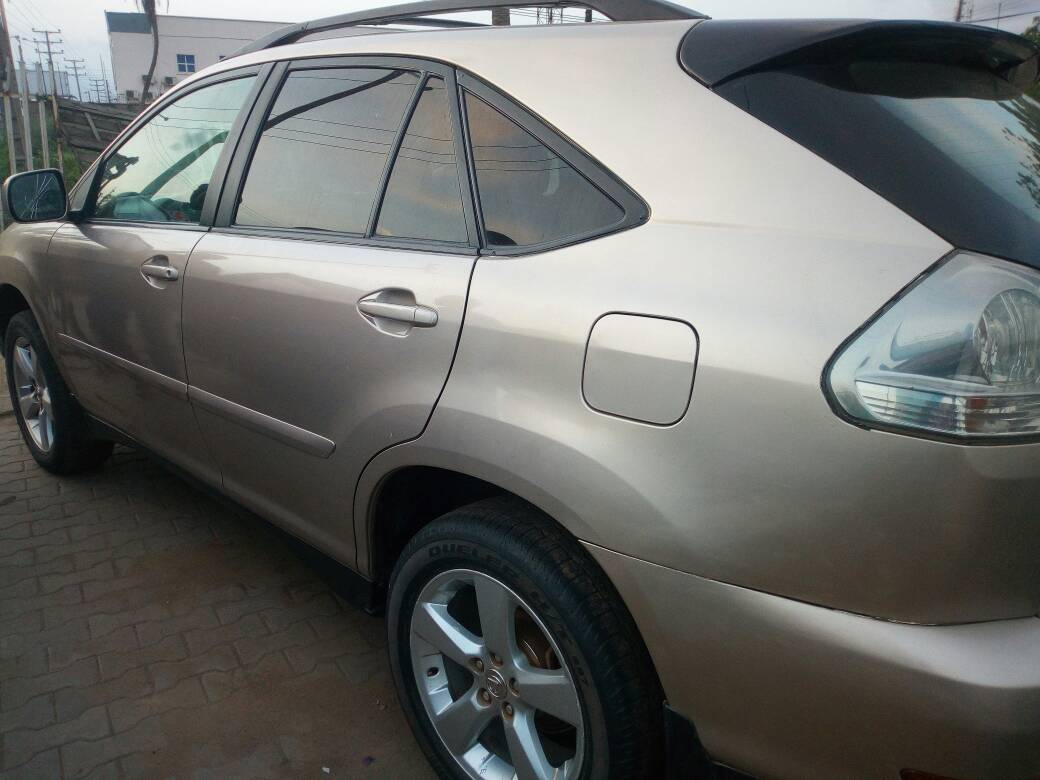 Quick Sales Clean Gold Colour 2005 Lexus Rx330 Full Options For Black Interior Custom Paper Available All Documents And Up To Date Price Just 210000000 Location Lagos