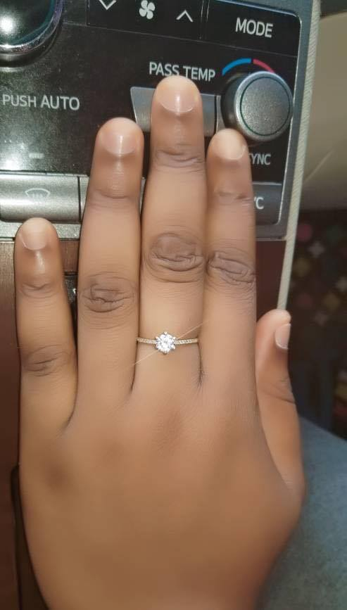 Man Engages Girlfriend With N2 Million Cheque & Diamond Ring (Photos) 6931607_filko1_jpeg11f8bc21ddf774e86e76e3124a505320