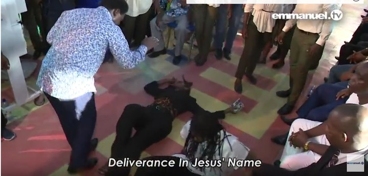 "T B  Joshua ""Delivers"" 2 Lesbian Partners During Church"