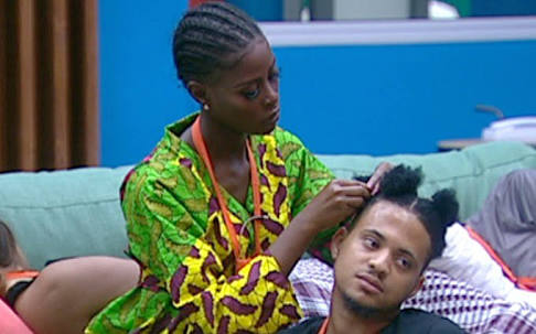 BBNaija: Khloe Crying Because Rico Swavey Refused To Come Upstairs With Her