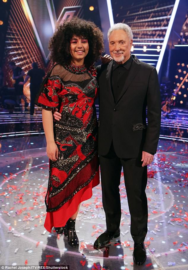 The voice uk prizes images
