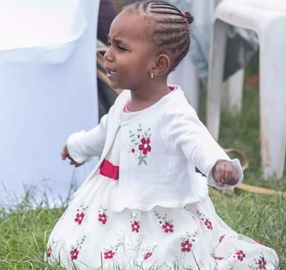 Viral Photos Of 3-Year-Old Girl On Her Knees As She Worships God During Service