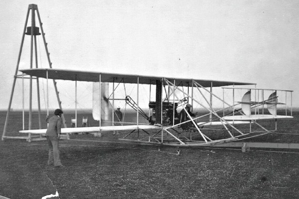 The First Airplane And The Wright Brothers – Wilbur And ...