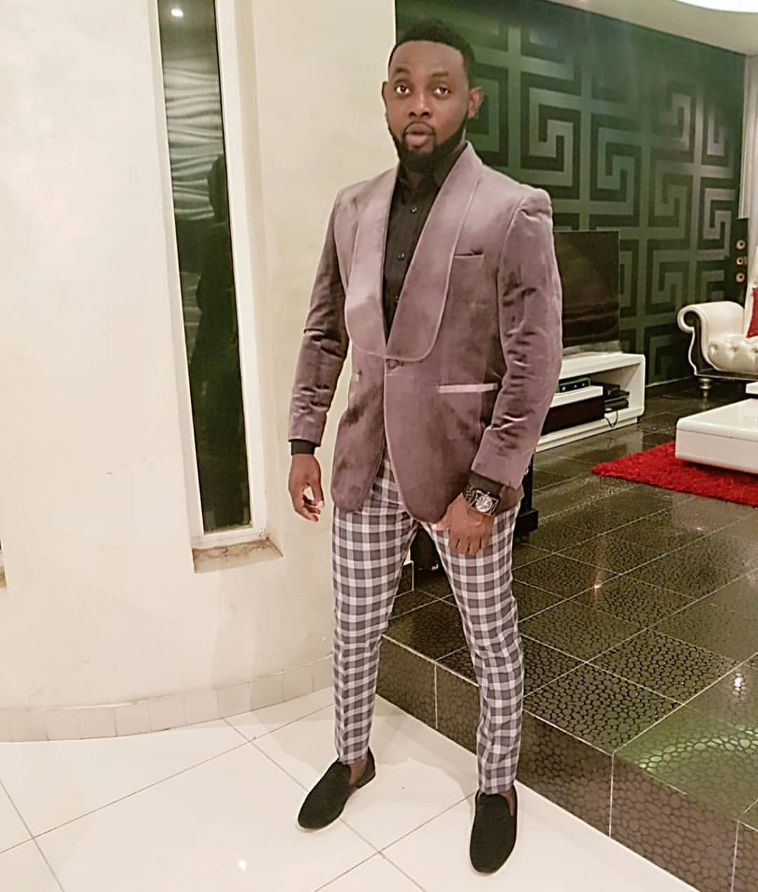Check Out Comedian AY's Dapper Look To The Headies Awards 2018