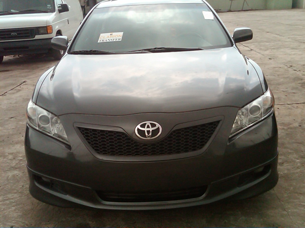 newly arrived 2006 toyota camry se for sale price 2 6m asking autos nigeria. Black Bedroom Furniture Sets. Home Design Ideas