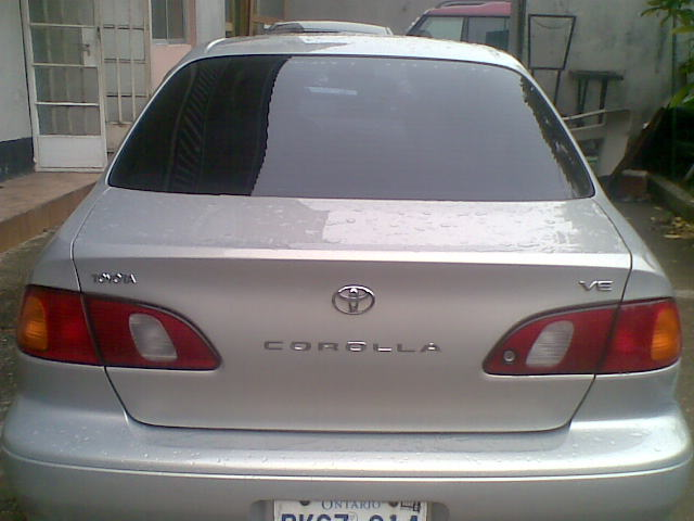 Clean Tokunbo Toyota Corolla 2000 Model A Give Away
