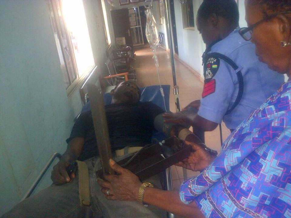 Photos: Brutalized Man Reveals What He Did After Being Asked To Enter Governor's Car