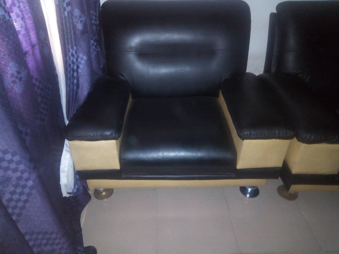 Two Single Pieces Of Clean German Chairs For Sale. - Properties