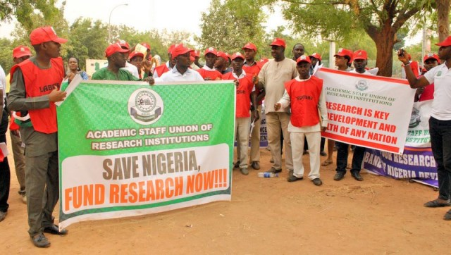 Science Ministry Workers Commence 3-Day Warning Strike, Want PS Sacked
