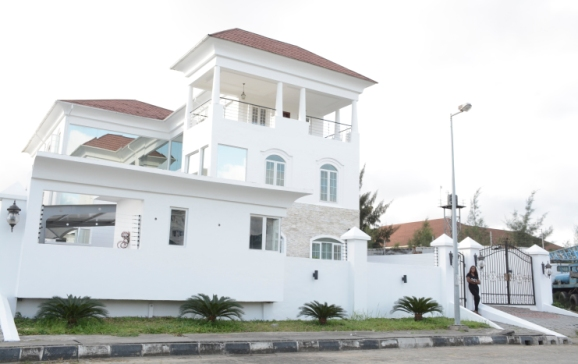Linda Ikeji Set To Leave Her N500M Banana Island Mansion For Her Husband's House