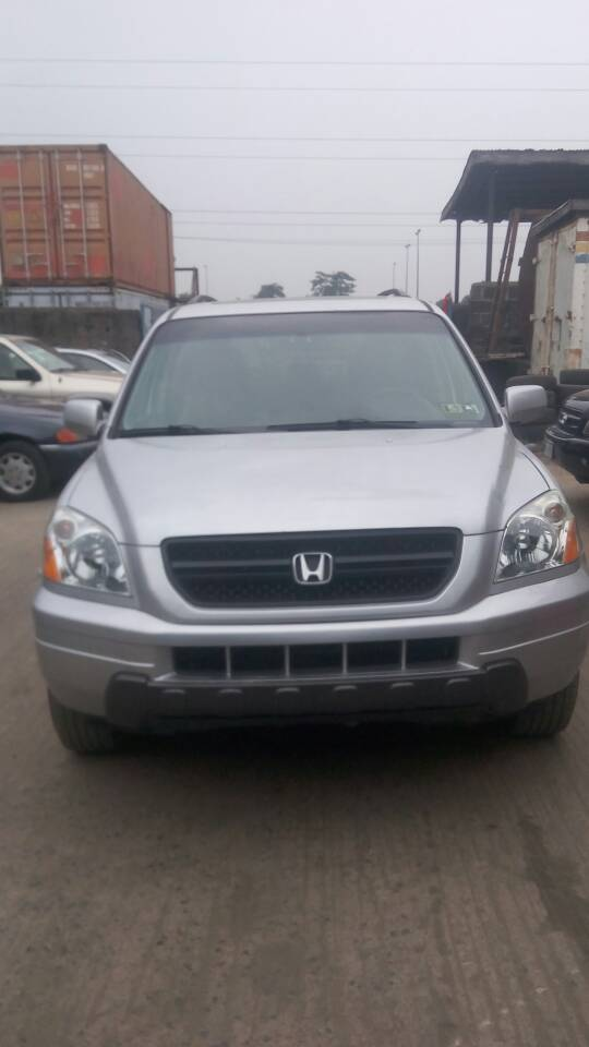 Power Window. V6 Leather Chair. Open Roof. Automatic Drive. Lagos Clear.  Custom Paper. Three Row. Price 2.5 08022219777. Re: Lagos Clear Honda Pilot  2005 ...