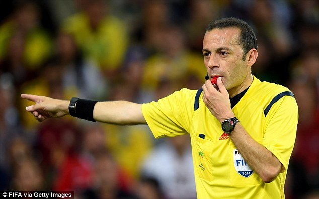7325018_turkishref_jpeg4336060569f46e3884f79a77525b30c3 Nigeria Penalty Claim: Was Referee Wrong Over VAR Decision?