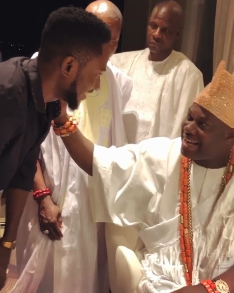 Image result for Miracle receives backlash for not properly greeting the Ooni of Ife