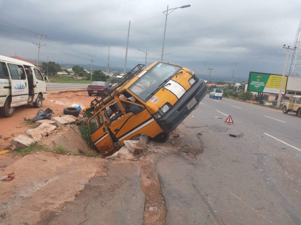 One Dies, Six Injured In Motor Accident In Awka (Photos)