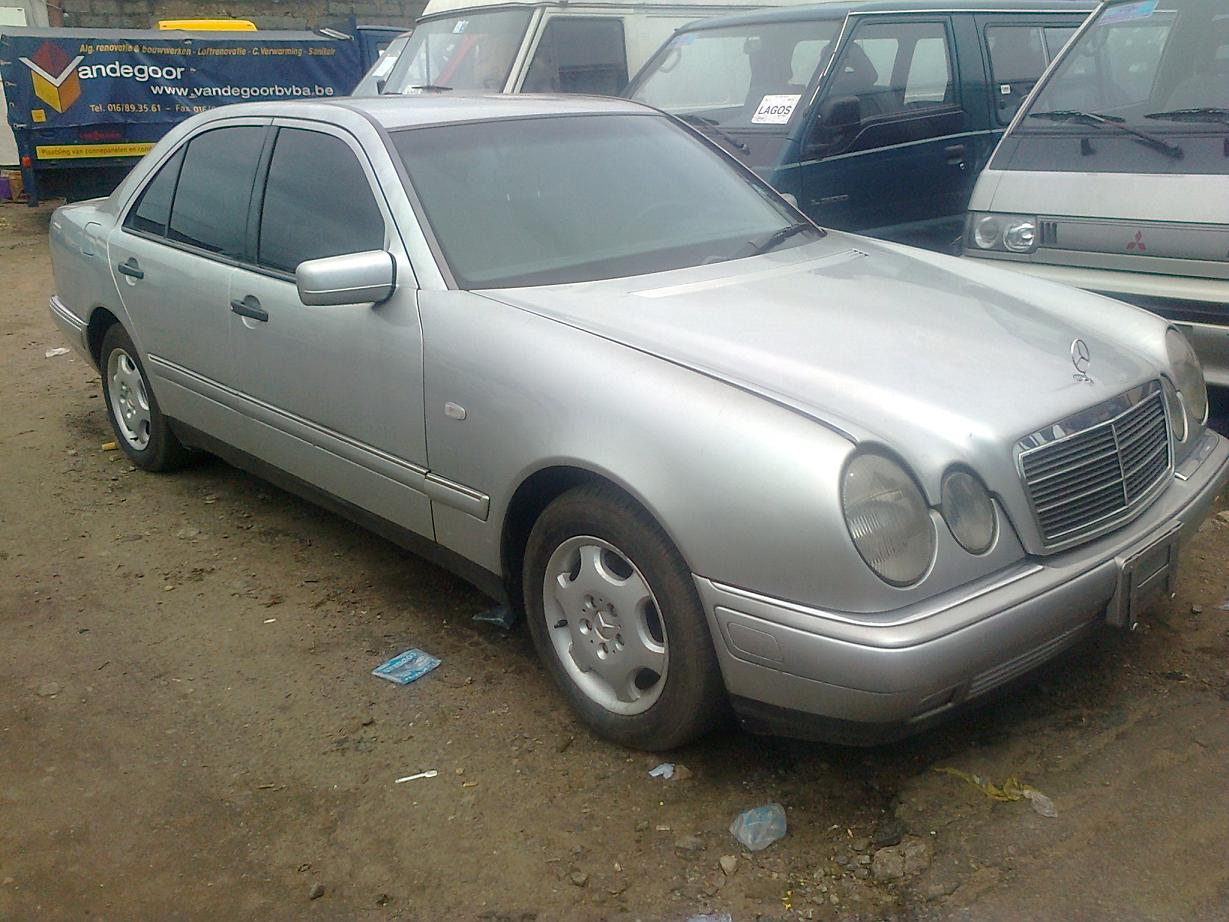 Tokunbo mercedes benz e230 1998 n1 400 call for Call mercedes benz