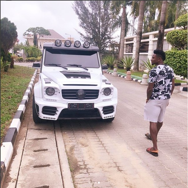 OH BOY !!!:  Football Star, Obafemi Martins Shows Off His New Mansion In Lagos (Photos)