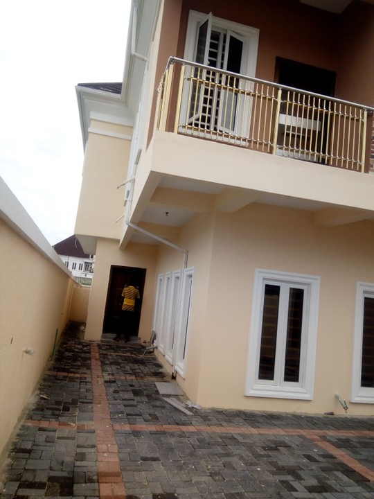 5 Bedrooms Detached Duplex For Sale At Chevron Alternative Route