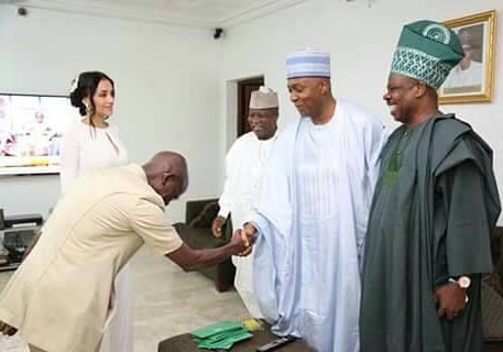 "SHOCKING !!!:   ""Oga Na Master"": Dino Malaye Reacts To Throwback Photo Of Oshiomhole Bowing To Saraki"