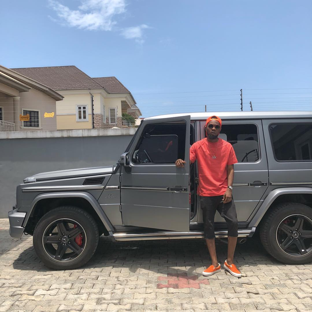 WOW PHOTOS !!!:  Patoranking Poses With His Mercedes G Wagon (Photo)