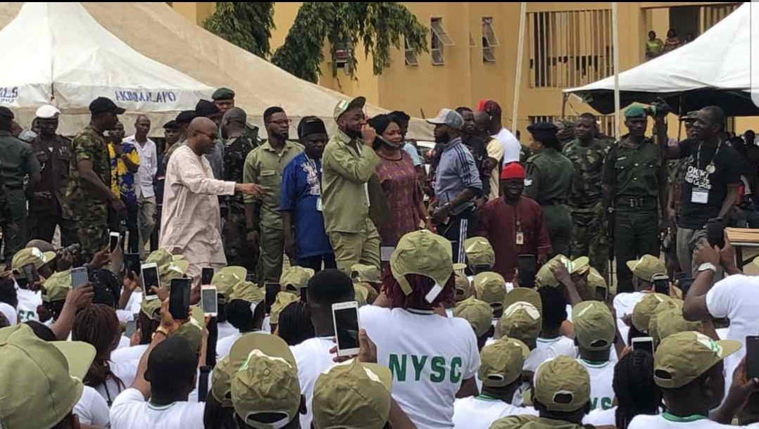 WOW PHOTOS !!!:  Photos Of Davido Addressing His Fellow Corps Members At Lagos NYSC Camp