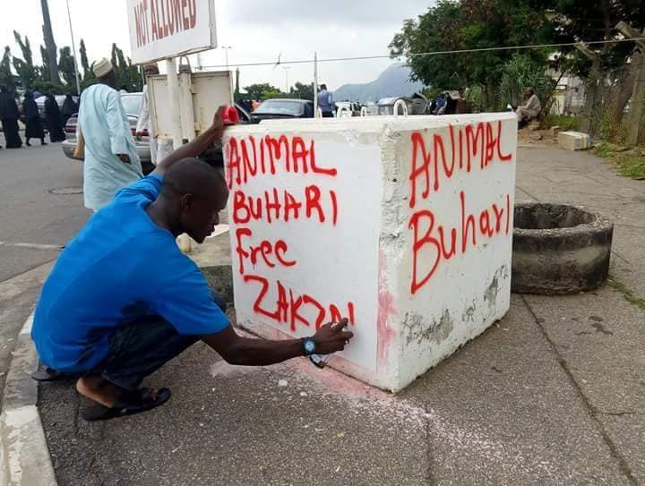 Protesters Vandalise Abuja Justice Ministry Over Held Shiite Muslims