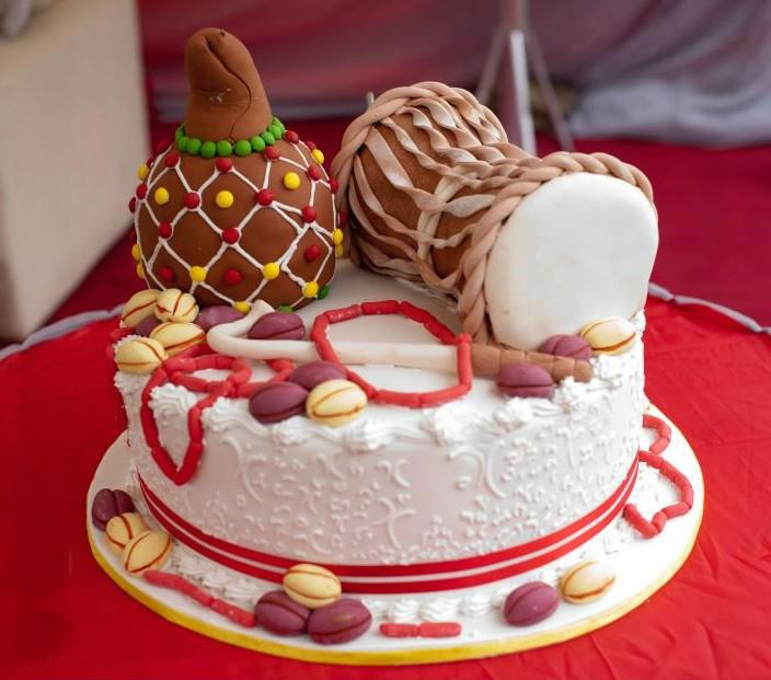 Image result for traditional wedding cakes