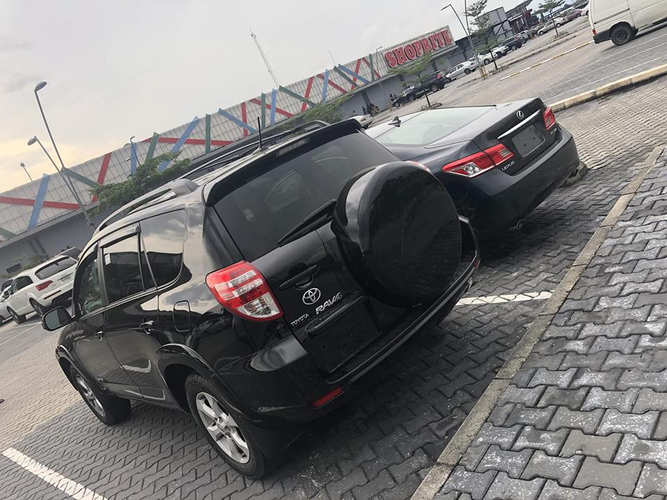 19-Year-Old Girl Buys 2 Cars For Her Parents (Photos)