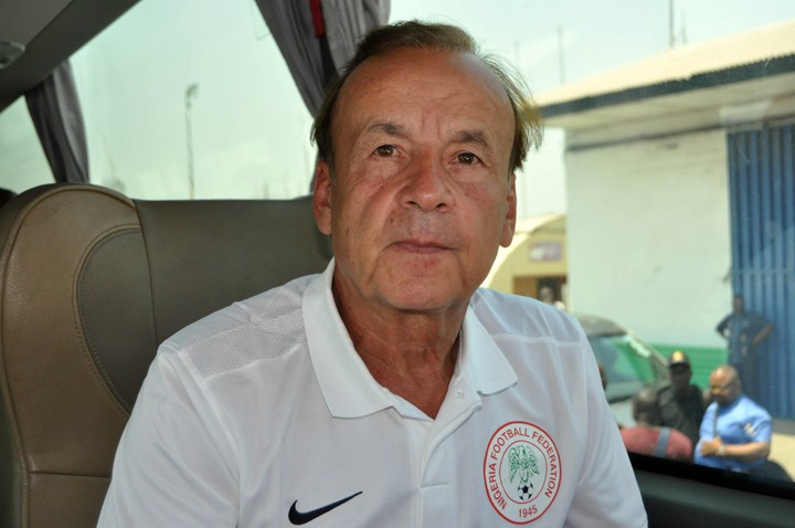 Super Eagles Coach, Gernot Rohr Robbed In Asaba