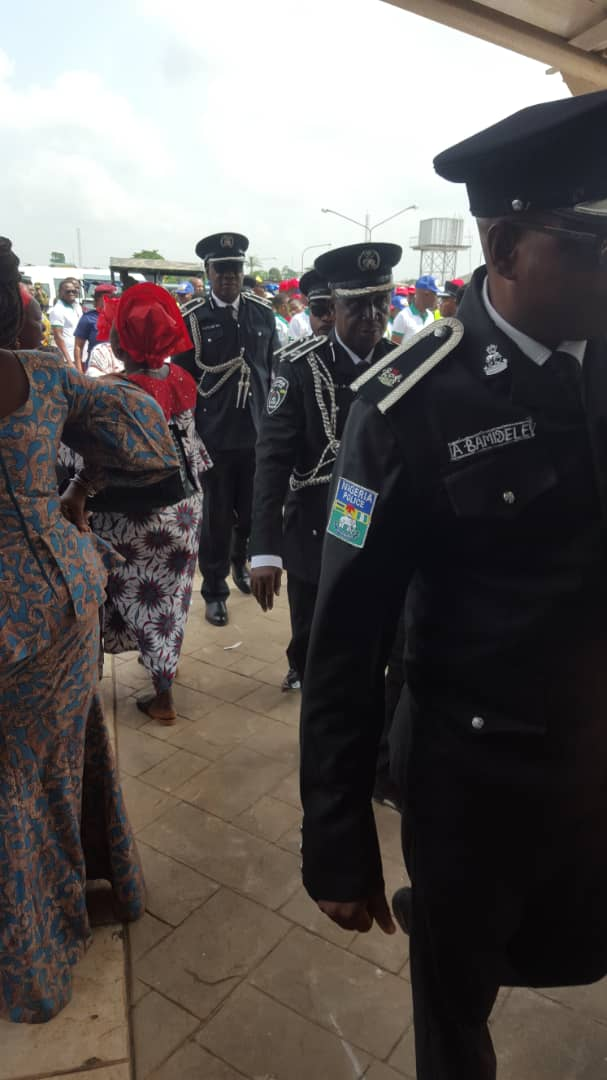 Chief Tony Anenih's Burial - Crowd Awaits The Arrival Of His Body