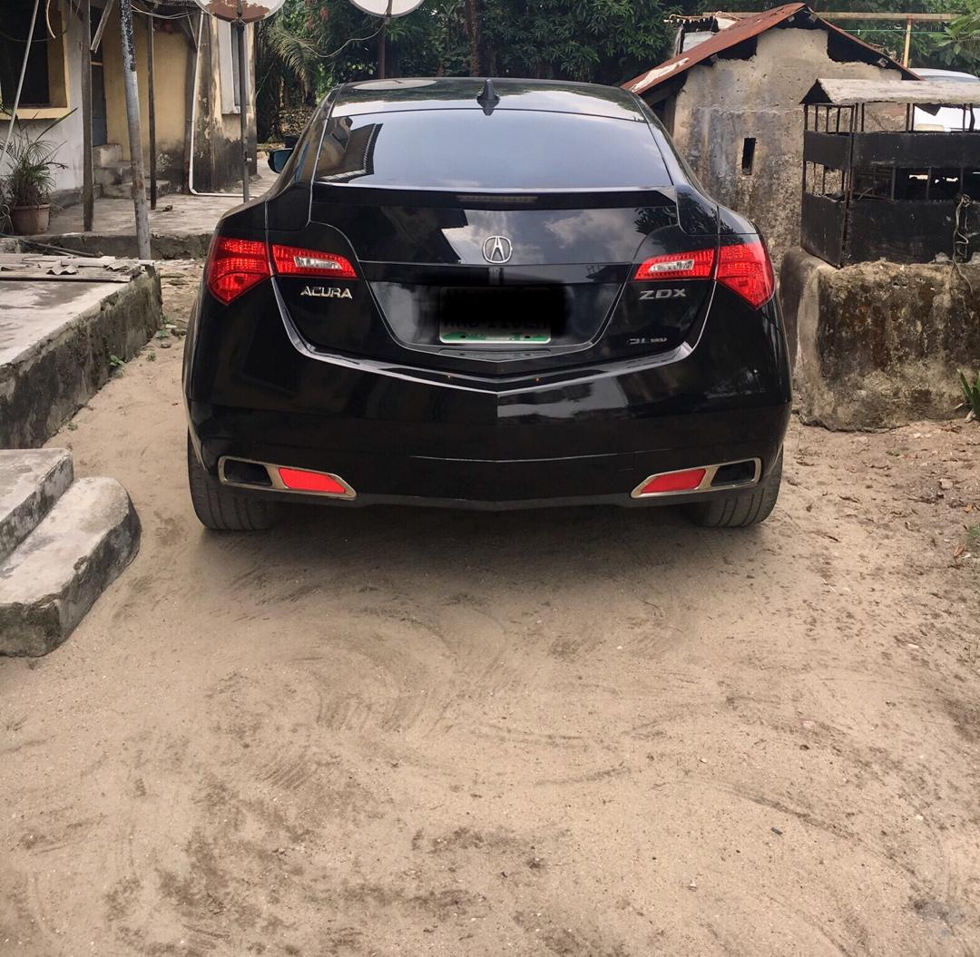 Finesse 2010 Acura ZDX. Top Notch Condition. Slig