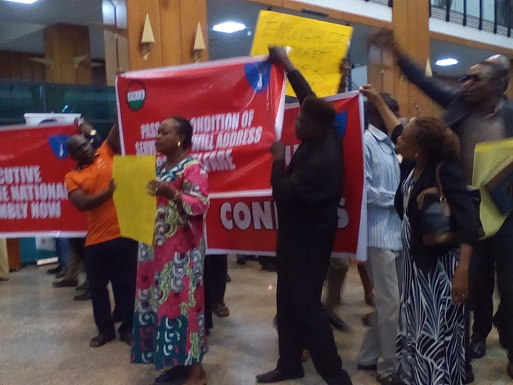 National Assembly Staff Protest Over Non-Payment Of Allowances (Photos)